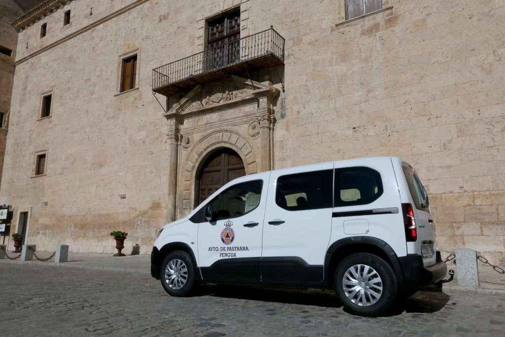El Ayuntamiento de Pastrana estrena furgoneta de Protección Civil