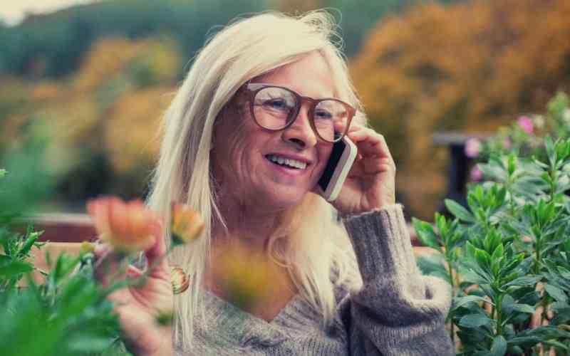 ¿A qué vidente bueno puedo contactar por teléfono?